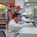 芯片级维修工程师团队图片