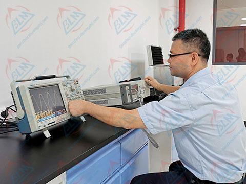 无线电仪器计量图片