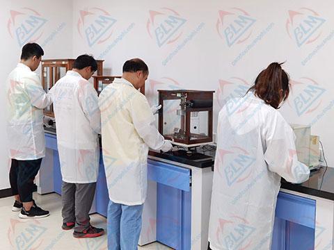力学计量校准实验室图片